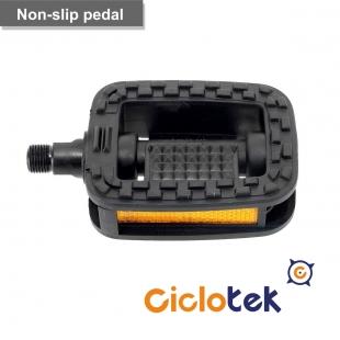 Non-slip pedal